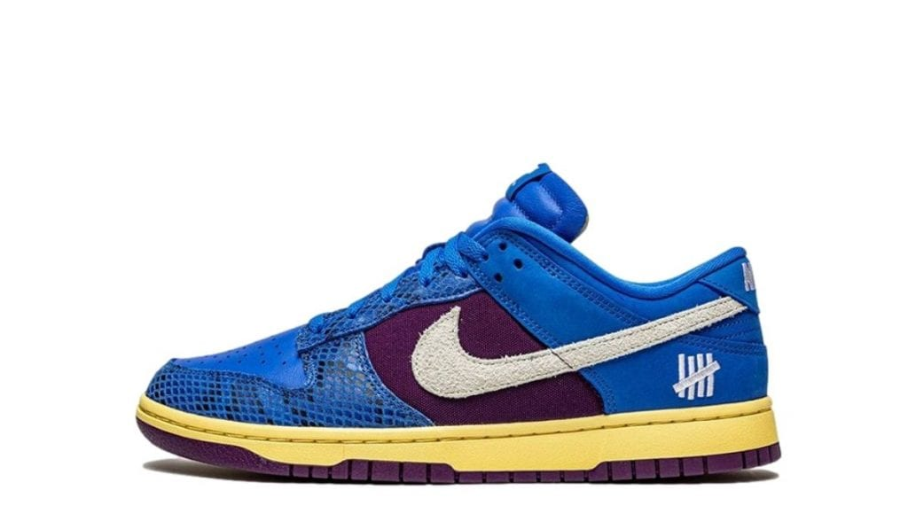 Undefeated dunk low